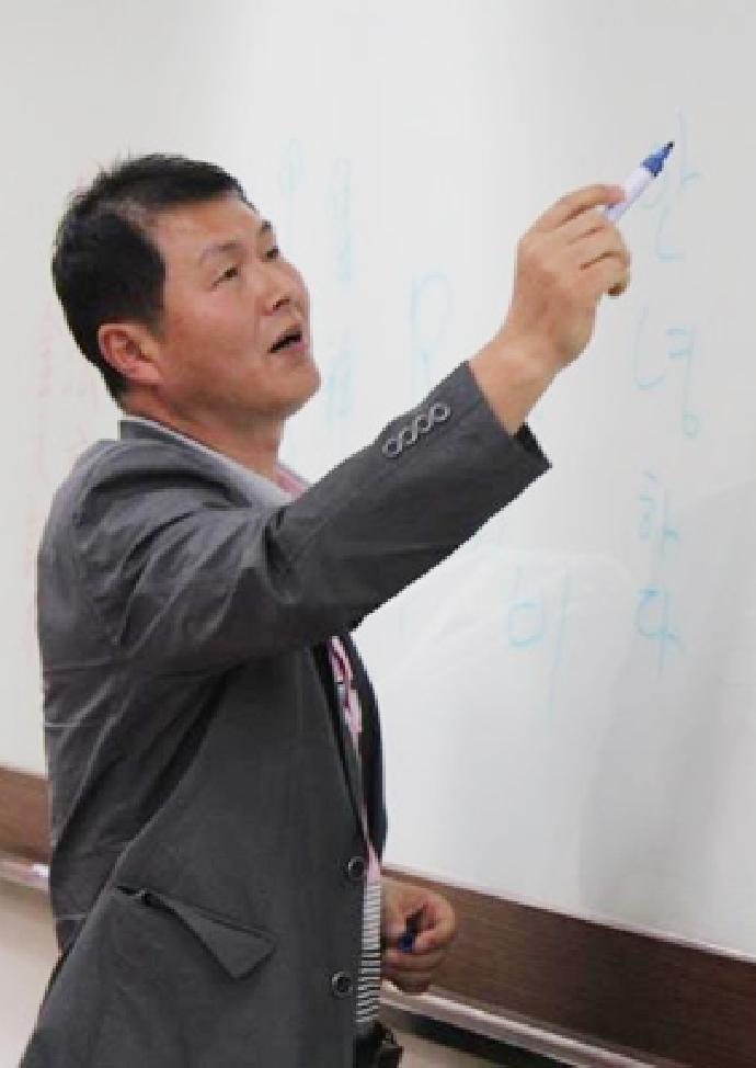 校友卓越講座──崔南圭院長