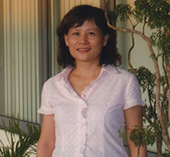 阮桃園 退休講師